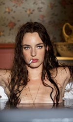 In foto Louise Bourgoin (32 anni)